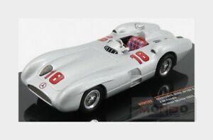【送料無料】模型車 スポーツカー メルセデス#モンツァネットワークmercedes f1 w196r stromlinier 18 winner monza gp 1955 fangio ixo 143 gtm122 mo