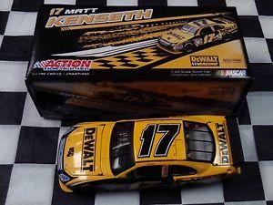 【送料無料】模型車 スポーツカー マット#フュージョンアクションスケールカーmatt kenseth 17 dewalt 2009 fusion action 124 scale car nib c179821drmk nascar