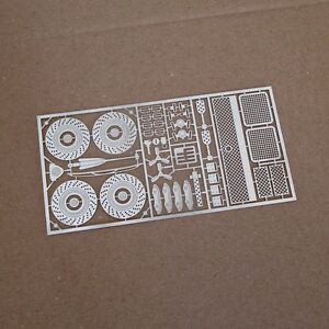 【送料無料】模型車 スポーツカー tremoniabburago 118フェラーリf50transkittremonia metal photoetch transkit for ferrari f50 by bburago 118