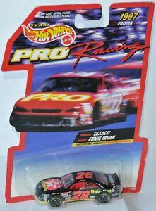 【送料無料】模型車 スポーツカー ホットホイールズ28フォードnascar 1997* texaco*アーニーirvan 164hot wheels 28 ford nascar 1997 * texaco * ernie irvan 164
