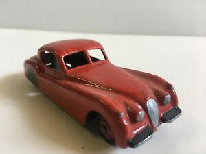 【送料無料】模型車 スポーツカー ジャガーdinky toys 157 jaguar