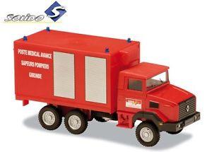 【送料無料】模型車 スポーツカー ルノーポストrenault 180 advance medical post 1998 1998 150 vehicle firefighter solido