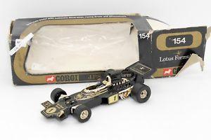 【送料無料】模型車 スポーツカー コーギーフォーミュラ#corgi formula 1 f1 jps lotus 154