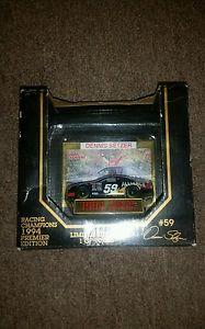 【送料無料】模型車 スポーツカー ダイカストnascarヴィンテージデニスsetzer 1994nascar vintage dennis setzer 1994 premier edition diecast
