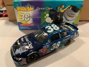 【送料無料】模型車 スポーツカー #ケーシークリップ2004 rcca 38 kasey kahne great clips shark tales dodge 124 nascar diecast