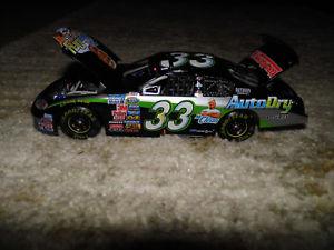 【送料無料】模型車 スポーツカー ダイカストトニースチュアート33ミスタークリーンレースtony stewart 33 mr clean race win diecast