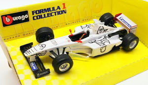 【送料無料】模型車 スポーツカー スケールモデルカーミシュランレースカーburago gp 124 scale model car 62004 michelin tc f1 racing car