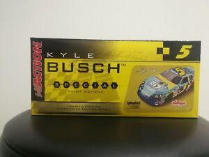 【送料無料】模型車 スポーツカー カイルブッシュモンテカルロ#アクションレースカーkyle busch kelloggs ice age 2 2006 monte carlo 5 action collectable race car