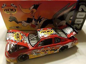 【送料無料】模型車 スポーツカー プログラムアクションミニチュアlooney tunes evnement programme voiture 2002 124 action miniature 115,528