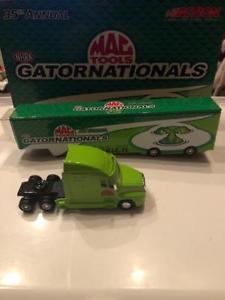 【送料無料】模型車 スポーツカー ツールnhra 35 anual gatornationals mac tools 164 accin de metal camin 1 1,200