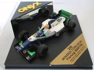 【送料無料】模型車 スポーツカー f1 143 minardim195マティーニ1995シマメノウf1 143 minardi ford m195 martini 1995 onyx