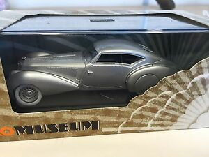 【送料無料】模型車 スポーツカー エアロクーペネットワークdelage d8 aero coupe 120 1937 143 mus054ixo