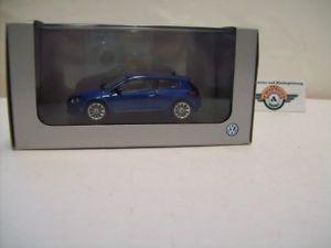 【送料無料】模型車 スポーツカー フォルクスワーゲンシロッコiii2008フォルクスワーゲンディーラーnorev143ovpvw scirocco iii, 2008, blue, vw dealer norev 143, ovp