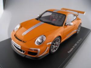 【送料無料】模型車 スポーツカー ポルシェグアテマラルピーオレンジスケールボックスporsche 911 997 gt3 rs 40 orange autoart 118 scale boxed