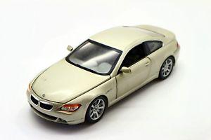 【送料無料】模型車 スポーツカー 118ホットbmw 645ciクーペ118 hot wheels bmw 645ci coupe silver