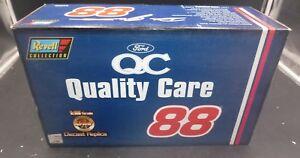 【送料無料】模型車 スポーツカー origthunderbird 1181997レベル4226デールジャレット88フォード1997 revell 4226 dale jarrett 88 quality care ford thunderbird 118 in orig box