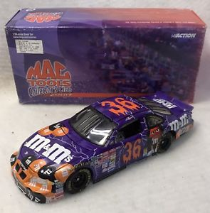 【送料無料】模型車 スポーツカー アクションダイカストケン#スケールaction diecast 2002 ken shrader 36 mamp;m's halloween 124 scale