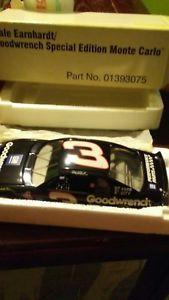 【送料無料】模型車 スポーツカー デイルアーンハートモンテカルロ1996 dale earnhardt sr 3 goodwrench special edition monte carlo part 01393075
