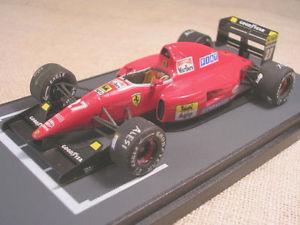 【送料無料】模型車 スポーツカー フェラーリアフリカグランプリジャンアレジferrari f92a f1 south african gp 1992 jean alesi tameo 143 true