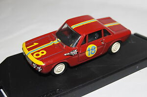 【送料無料】模型車 スポーツカー ランチアクーペラリー#lancia fulvia coupe hf rally 18 1966 red 143 progetto amp; ovp 082