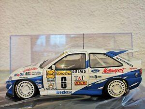 【送料無料】模型車 スポーツカー エスコートコスワースフランソワデルクールモンテカルロショーケースレアrare 118 escort cosworth wrc 1994 delecour monte carlo ut autoart showcase