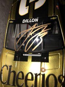 【送料無料】模型車 スポーツカー autographedオースティンディロン20153チーリオズ12424エリート8autographed austin dillon 2015 3 cheerios 124 elite liquid color 8 of 24