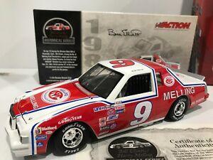 【送料無料】模型車 スポーツカー #ビルエリオットシリーズ1982 9 bill elliott melting first win historical series