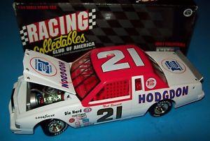 【送料無料】模型車 スポーツカー ニールボンネット#ウッドブラザーズフォードビンテージneil bonnett 1982 hodgdon 21 wood brothers ford 124 vintage nascar rare