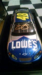 【送料無料】模型車 スポーツカー 2003ジミージョンソンgoldサイン48ロウエリート124ダイカスト2003 jimmie johnson gold autographed 48 lowes elite 124 diecast