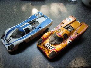 【送料無料】模型車 スポーツカー レアポルシェスポーツモデル2 x rare porsche 917 k sports car models by universal hobbies in 118