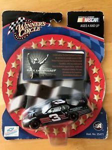 【送料無料】模型車 スポーツカー デイルアーンハート2003 winners cir 164 dale earnhardt 2003 limited edition earnhardt foundation