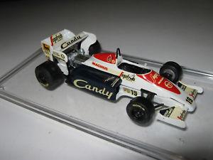 【送料無料】模型車 スポーツカー ショーケースセナ143 toleman tg184 a senna 1984 smts handbuilt car in showcase