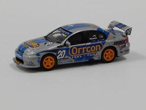 【送料無料】模型車 スポーツカー フォードハヤブサモータースポーツ#クラシック164 ford ba falcon larkham motorsport mwinterbottom 2005 20 classic carle