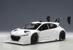 【送料無料】模型車 スポーツカー プジョーパイクスピークレースカーホワイトモデルpeugeot 208 t16 pikes peak race car 2013 white autoart 118 aa81355 model
