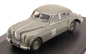 【送料無料】模型車 スポーツカー ジャガー#シルバーストーンモスモデルオックスフォードjaguar mkvii 30 winner silverstone 1952 s moss 143 model oxford