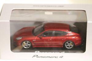 【送料無料】模型車 スポーツカー スケッチcollettoreポルシェpanamera4ロッソsigillato nuovomodello auto collettore porsche panamera 4 rosso sigillato nuovo