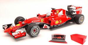 【送料無料】模型車 スポーツカー フェラーリベッテル#マレーシアフォーミュラモデルferrari sf15t s vettel 2015 5 winner malaysia gp f1 formula 1 118 model