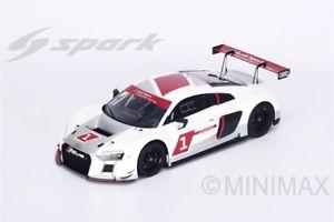 【送料無料】模型車 スポーツカー アウディウルトラプレゼンテーションモデルスパークモデルaudi r8 lms ultra presentation 2015 112 model s12007 spark model