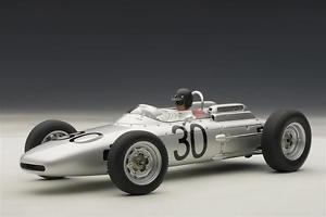 【送料無料】模型車 スポーツカー ポルシェ#フランスパイロットporsche 804 f1 gurney 1962 30 winner france gp pilot 118 autoart