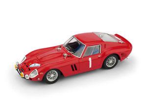 【送料無料】模型車 スポーツカー フェラーリ#ラリーネージュグレースウィンドウモデルferrari 250 gto 1 rally neige et glace 1964 windowclement 143 model brumm