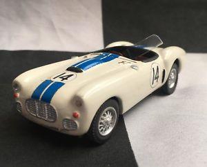 【送料無料】模型車 スポーツカー c scale 035 143hand built cunningham c2r lemans 1951white metal model carc scale 035 143 hand built cunningham c2r le mans
