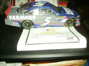 【送料無料】模型車 スポーツカー アクション#ケーシーサイン2012 124 action  5 kasey kahne farmers insurance autographed