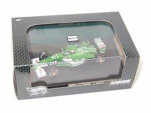 【送料無料】模型車 スポーツカー 143ジャガーr1 hsbc 2000シーズンエディアーバイン143 jaguar r1  hsbc 2000 season eddie irvine