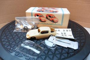 【送料無料】模型車 スポーツカー オースティンヒーリースプライトクーペホワイトメタルキットルマン143 austin healey sprite coupe resin amp; white metal kit 24h du mans 66 boxed
