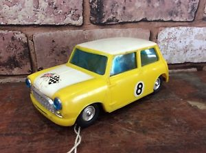 【送料無料】模型車 スポーツカー プラスチックフリクションドライブレーシングミニビンテージvintage 1960s plastic friction drive racing mini