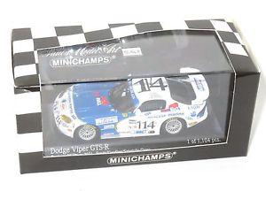 【送料無料】模型車 スポーツカー ダッジバイパーデイトナ#143 dodge viper gtsr chamberlain daytona 24 hrs 2001 114