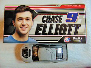 【送料無料】模型車 スポーツカー chase elliott hand signed 2018napa test nascar monster124energy cup carchase elliott hand signed 2018 napa test nascar mon