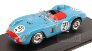 【送料無料】模型車 スポーツカー フェラーリ500 tr21レ1956tavanomeyrat 143モデルart153 moferrari 500 tr 21 collision le mans 1956 tavanomeyrat 143 art model art153 m