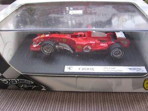 【送料無料】模型車 スポーツカー ミハエルシューマッハーフェラーリmsc michael schumacher f1 ferrari f2005 143 2004 boxed amp;