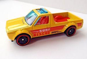 【送料無料】模型車 スポーツカー キャディートラックホットホイールズフォルクスワーゲンフォルクスワーゲンmk1ゴルフウサギピック サーフ